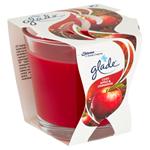 Glade Cosy Apple & Cinnamon parfémovaná svíčka 70g
