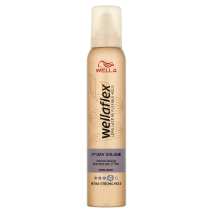Wella Wellaflex 2nd Day Volume Extra Strong Hold pěnové tužidlo 200ml