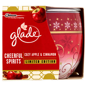 Glade Svíčka Cozy Apple & Cinnamon 120g