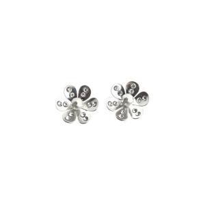 PRAQIA Stříbrné náušnice Pearl Blossom